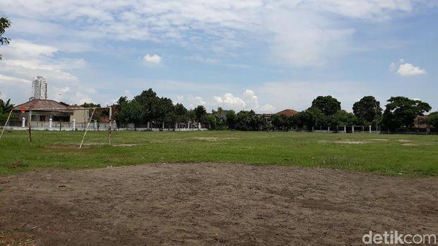Lapangan Sriwaru perlu perombakan total untuk Piala Dunia U-20 2021.