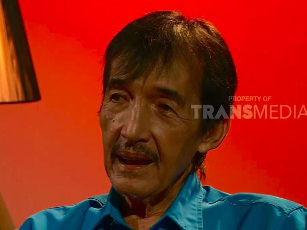 Pemakaman Johny Indo dan Indahnya Toleransi Beragama