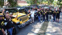 Belasan Mobil Mewah Ini Tiga Hari Eksplorasi Wisata Banyuwangi