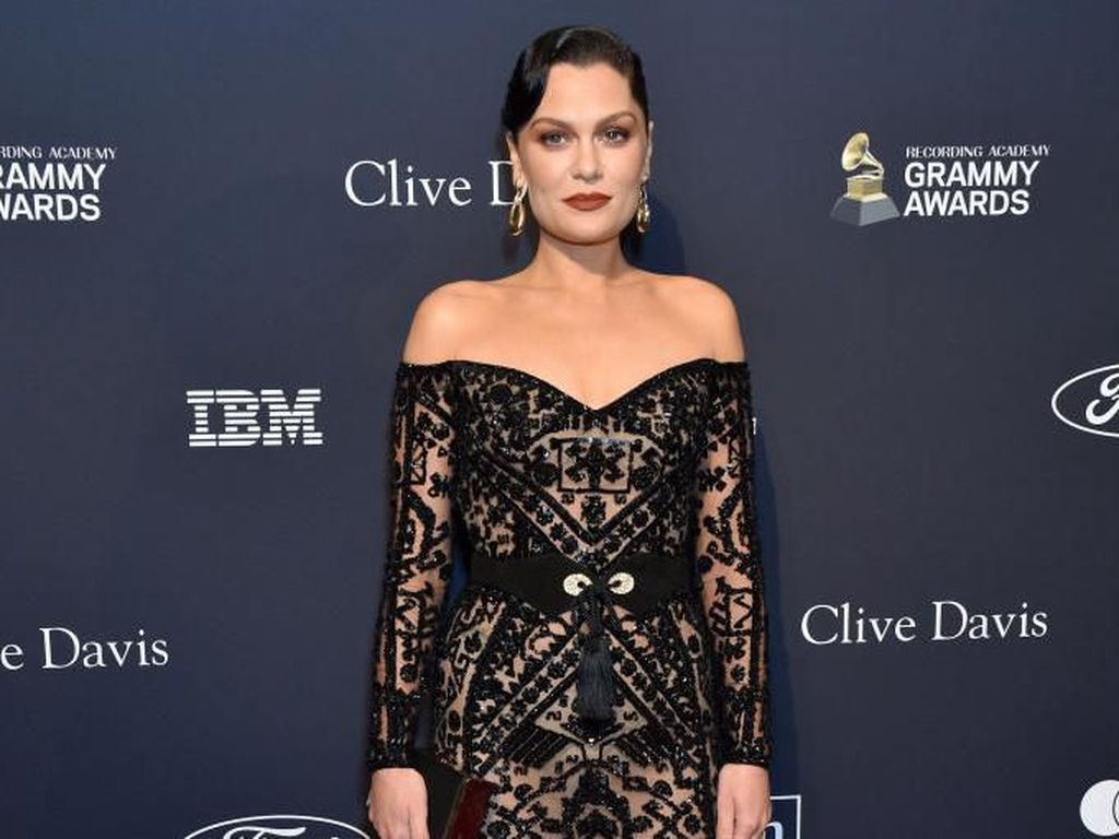 Jessie J Minta Maaf pada Nicki Minaj tentang Kisah Kolaborasi Bang Bang