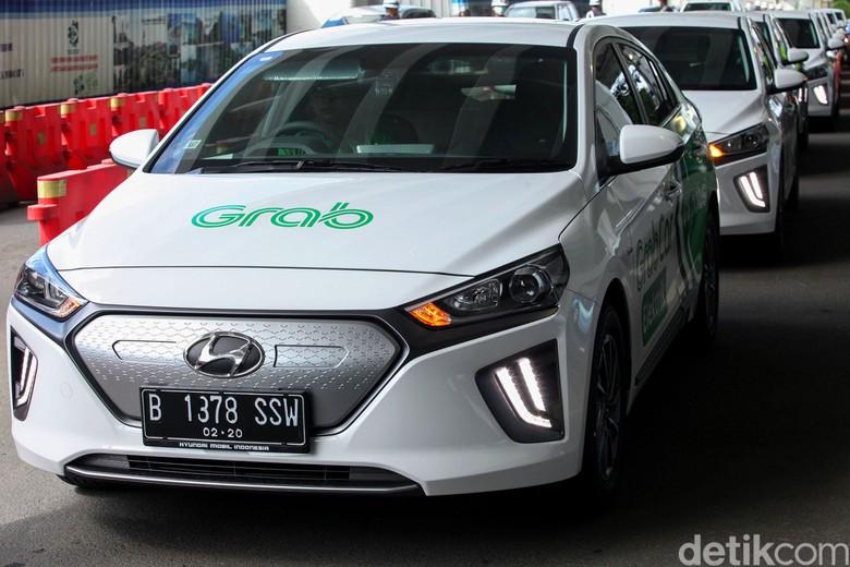 Luhut Pemerintah Segera Selesaikan Aturan Pajak Dan Pelat Mobil Listrik Indonesia Green Energy