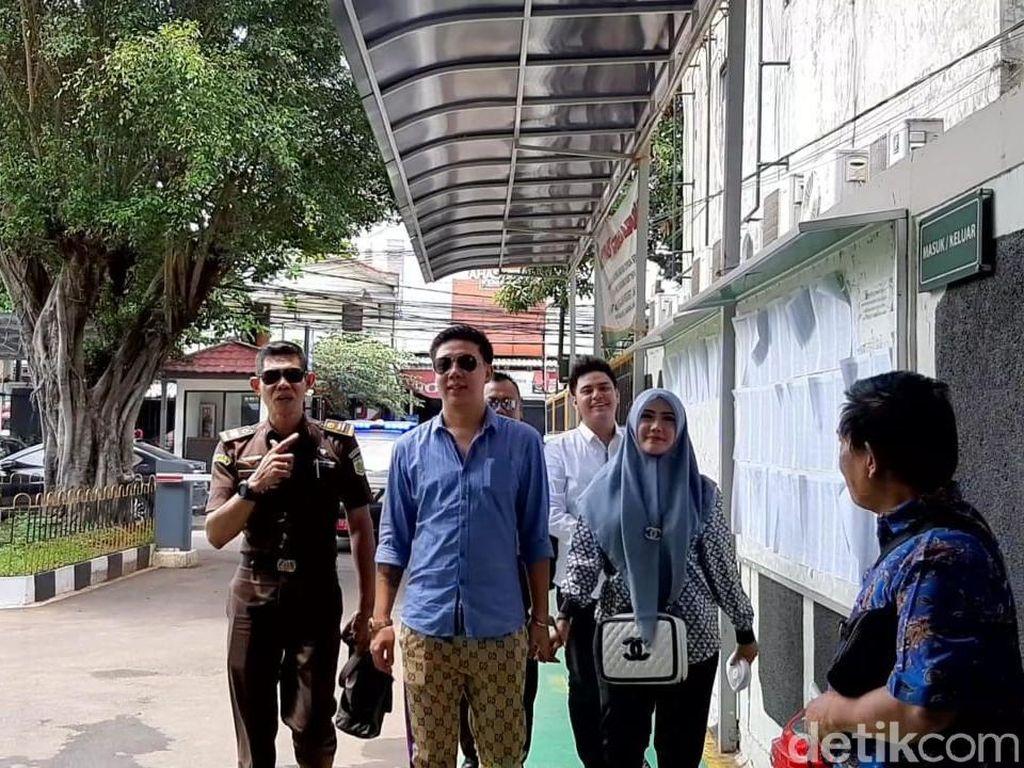 Duh! Sidang Trio Ikan Asin Tak Kondusif, Hakim Ketua Ngomel