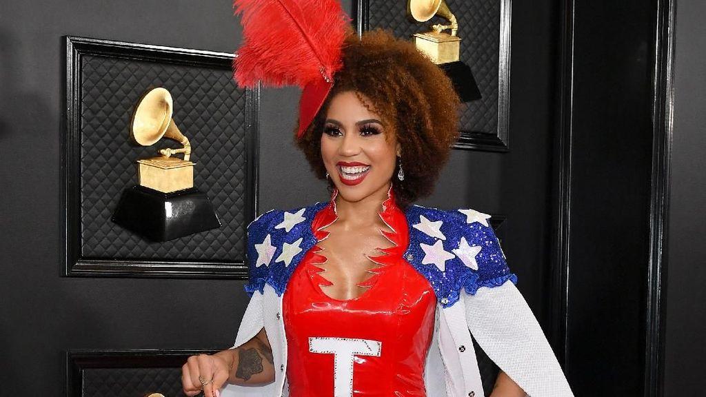 Duh, Aksi Bela Trump Muncul di Grammy Awards 2020