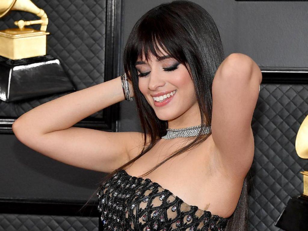 Ikut ALL-IN Challenge, Camila Cabello Ajak Fans Masuk di Video Musik