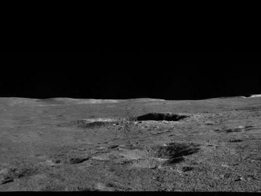 Sisi Terjauh Bulan yang Belum Pernah Dipotret