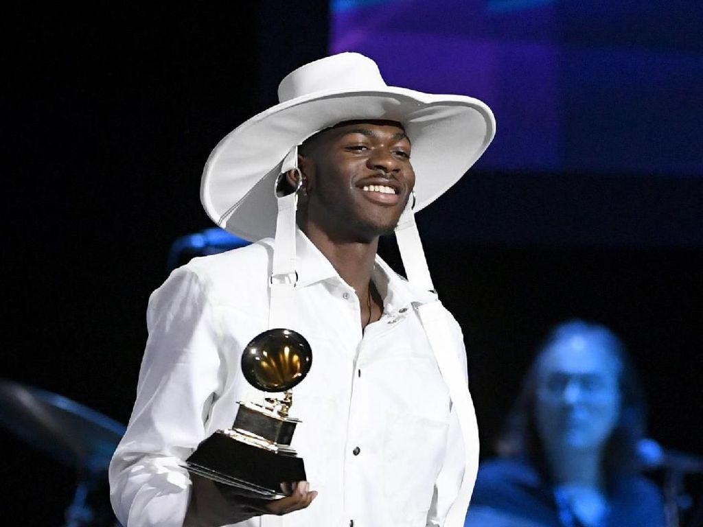 Grammy Awards 2020 Dibuka dengan Kemenangan Perdana Lil Nas X
