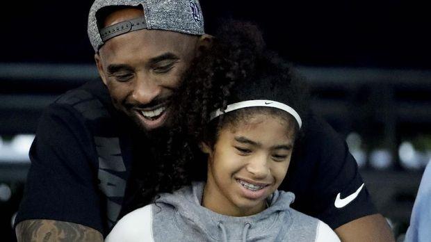 Besar Bersama Kobe Bryant