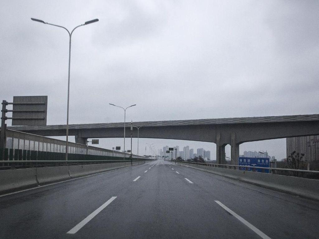 Kemlu: Pemerintah Terus Matangkan Opsi Keluarkan WNI dari Hubei China