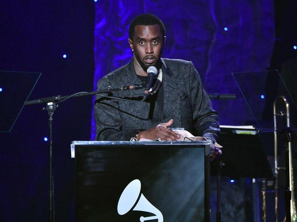 Dapat Penghargaan Khusus, Sean Combs Malah Kritik Grammy