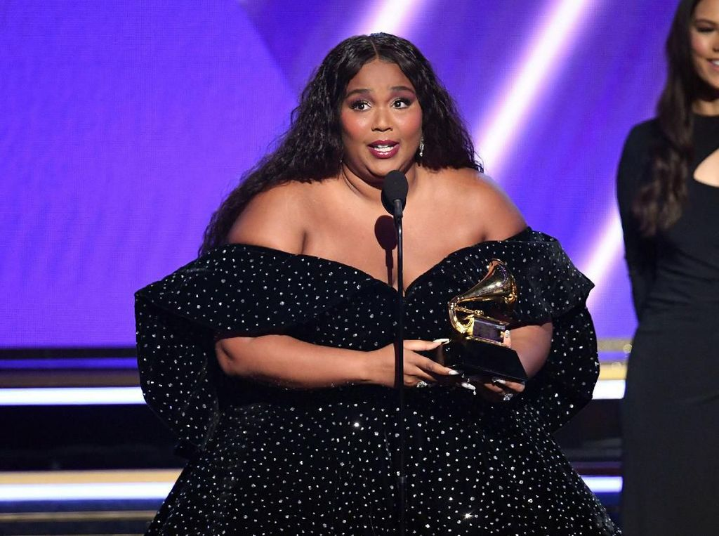 Pemenang Grammy Cuma Bawa Pulang Piala