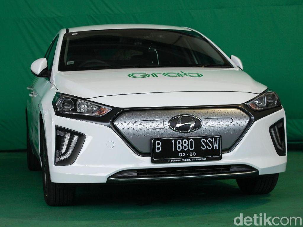 Melihat Lagi Spesifikasi Mobil Listrik Korea yang Jadi Taksi Online