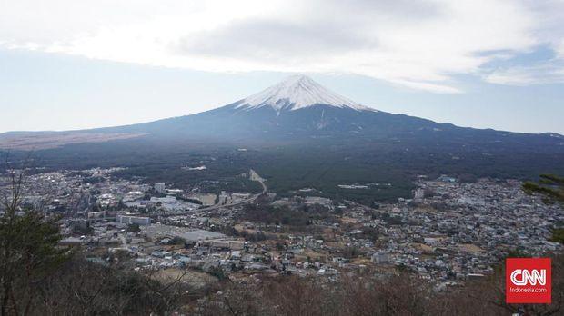 Menjajal Keindahan Gunung Fuji dari Segala Sisi*