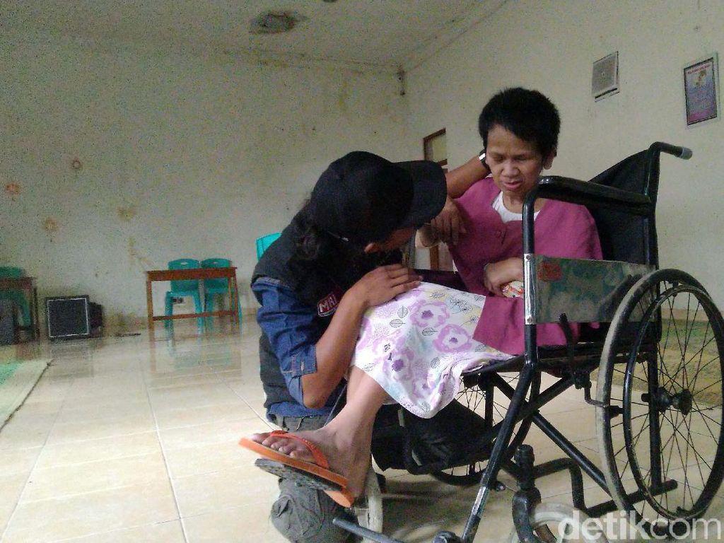 Ceria dan Tak Lagi Gimbal, Sukiyah di Semarang Kini Bisa Tersenyum