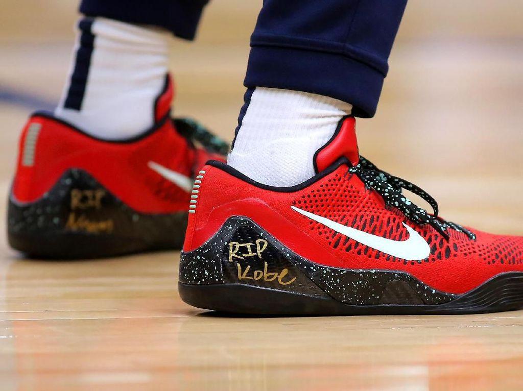 Nike Beri Penghormatan untuk Kobe Bryant di New York Fashion Week