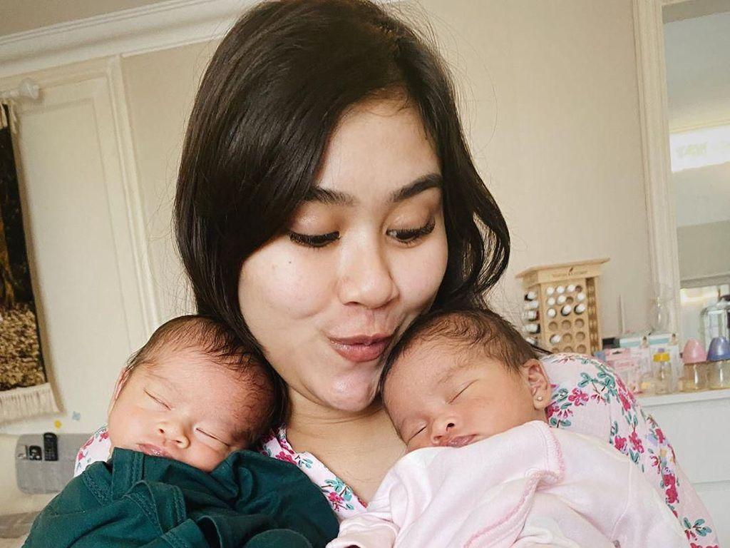 Parah Banget! Syahnaz Lupa Berapa Umur Anak Kembarnya