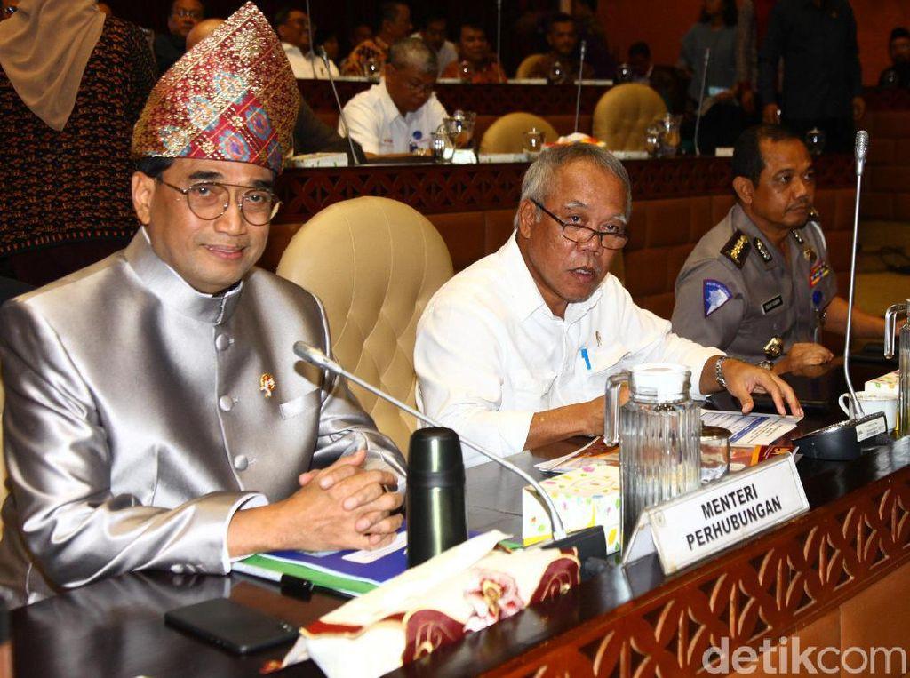 Basuki dan Anggota DPR Debat soal Tol Japek Layang Bergelombang