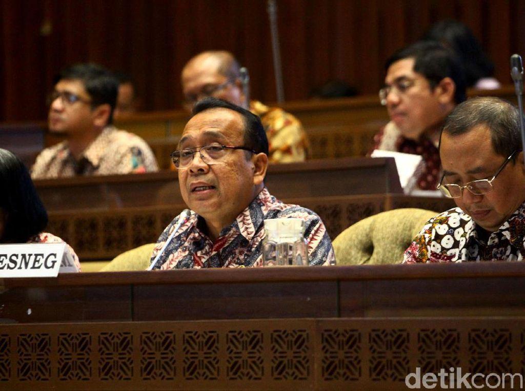 Mensesneg Bahas Aset Negara Bersama Komisi II DPR