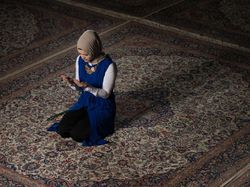 Doa untuk Suami yang Sedang Bekerja agar Rezekinya Berkah