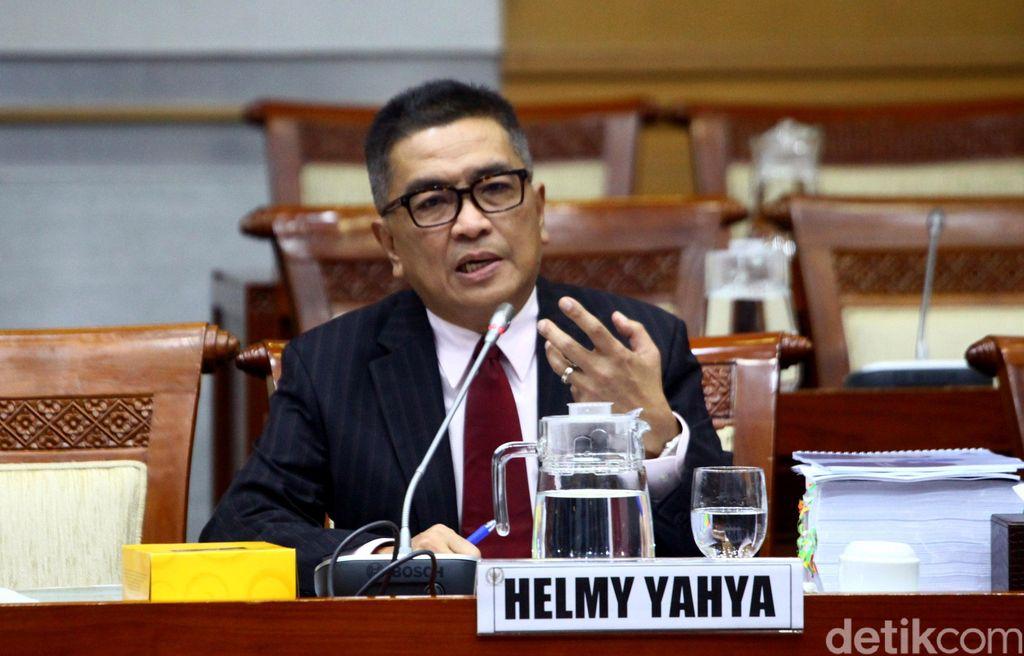 Eks Dirut TVRI Helmy Yahya penuhi panggilan Komisi I DPR untuk hadiri rapat dengar pendapat umum (RDPU). Rapat itu terkait pemecatan dirinya oleh Dewas TVRI.