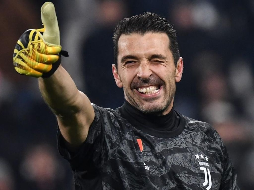 Buffon Tetap di Juventus Sampai 2021