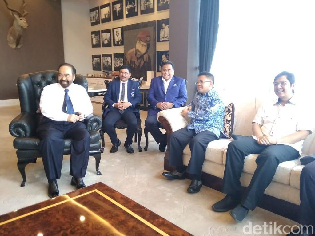 Temui Surya Paloh di DPP NasDem, Presiden PKS: Pelukan Kebangsaan