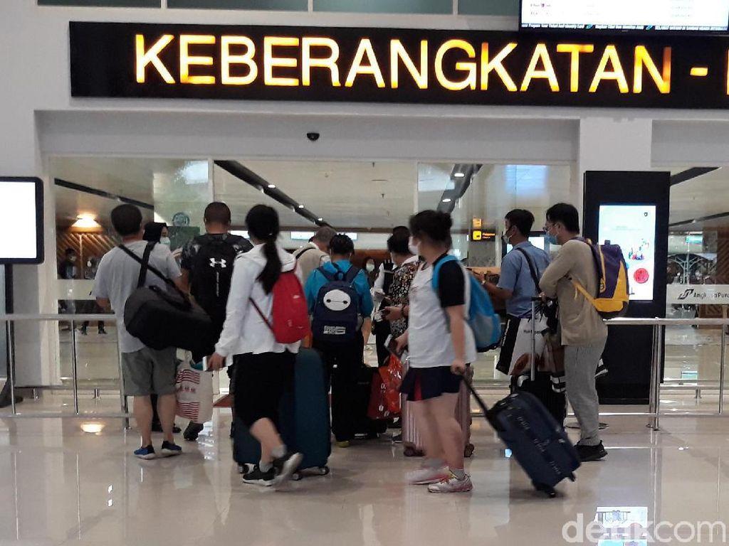 Video: 173 Turis China Pulang Via Solo, Aman dari Virus Corona