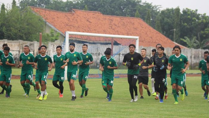 Latihan Persebaya Surabaya