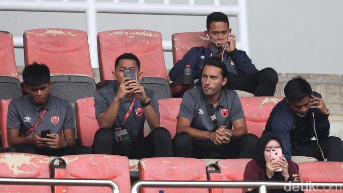 Pemain PSM Makassar Ezra Walian