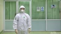 Gempar Pasien Corona Ngamuk Bikin APD Dokter Sobek dan Satpam Tertular