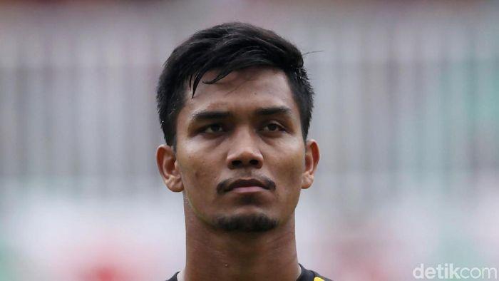 Miswar Saputra adalah pemain sepakbola profesional Indonesia. Dia berposisi sebagai penjaga gawang.