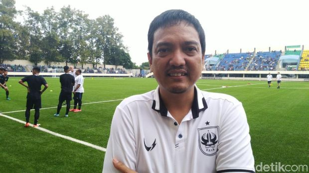 Melihat Latihan Perdana PSIS di Stadion Citarum