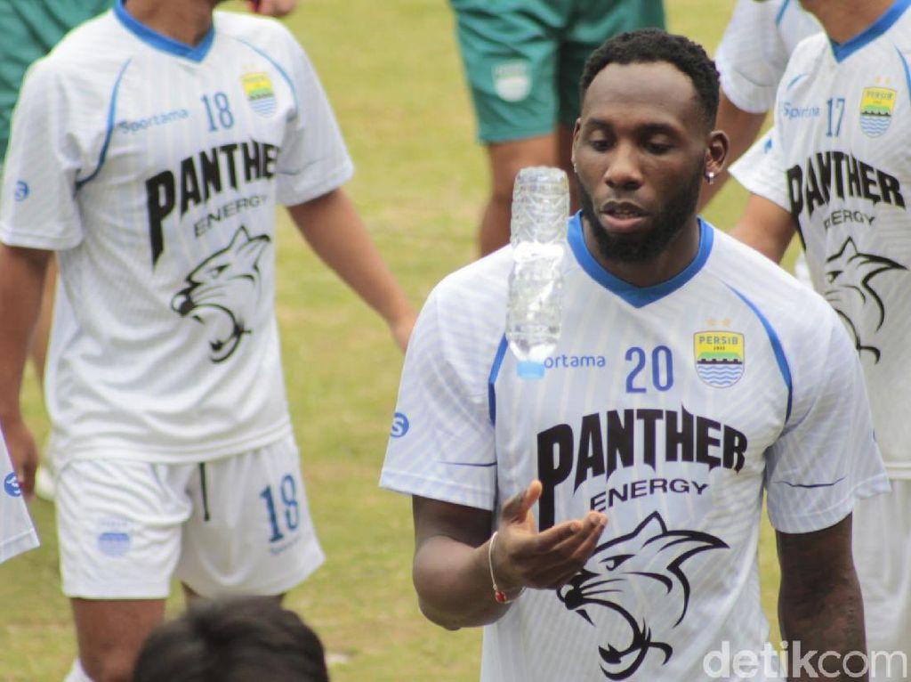 Persib Bandung Tes Duetkan Geoffrey Castillion dengan Wander Luiz