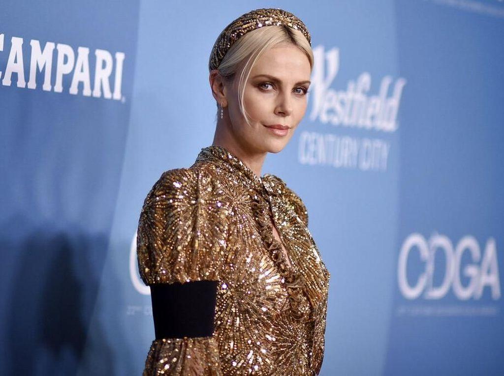 Charlize Theron 5 Tahun Tanpa Pasangan: Aku Tak Kesepian
