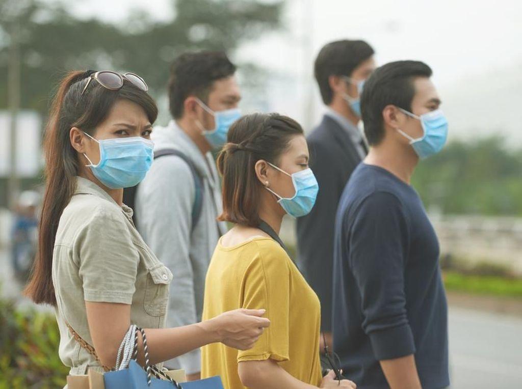Cegah Virus Corona, Pria di China Dilarang Pakai Bikini Seperti Ini