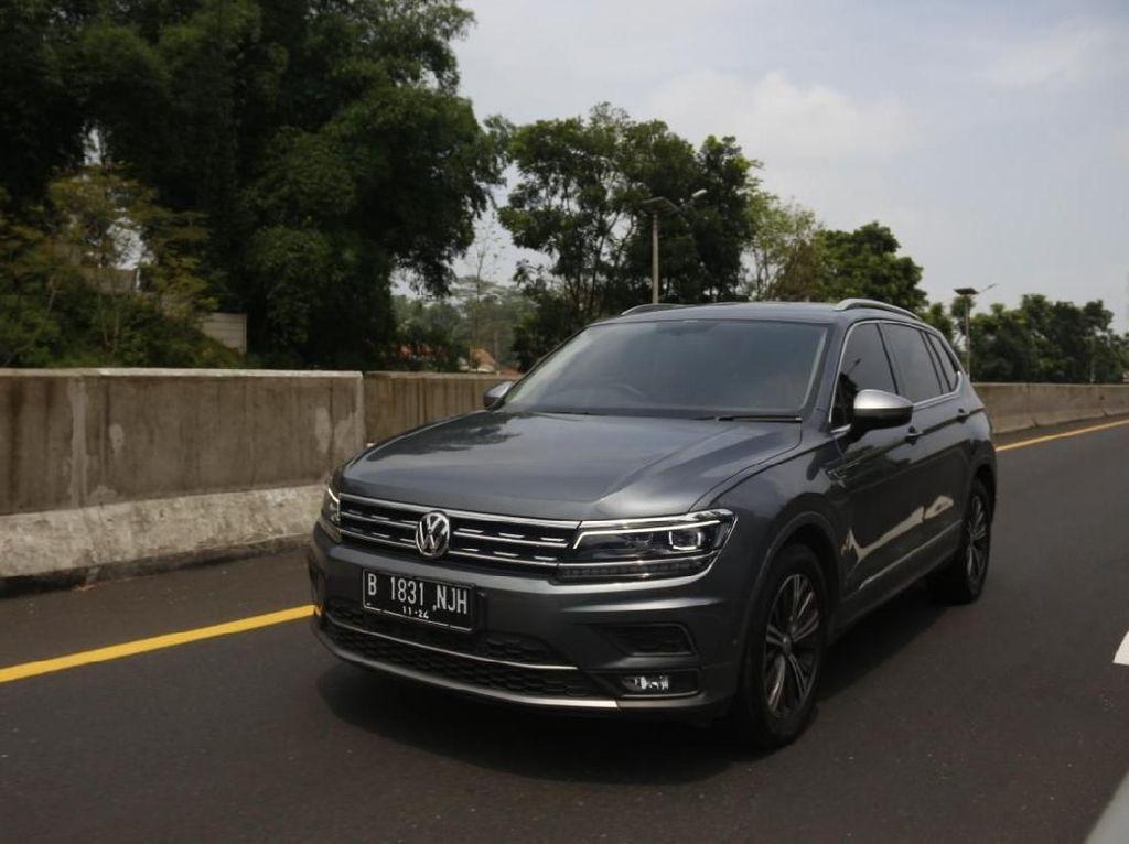 Mobil Lebih dari Setengah Miliar Rupiah, Perlu Fitur Sunroof Nggak Sih?