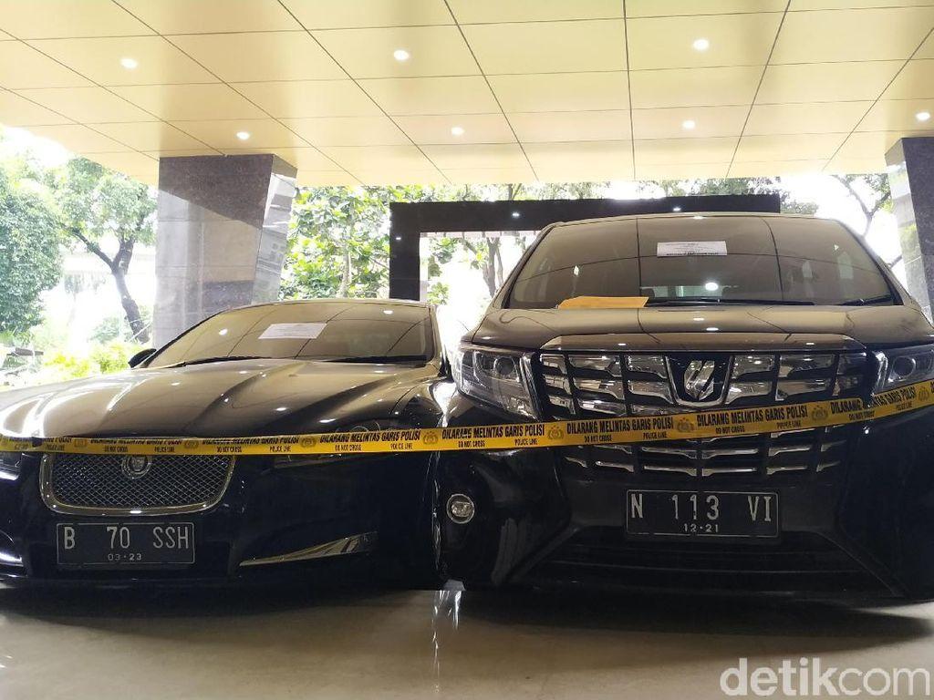 Penampakan Mobil Jaguar-Alphard yang Disita Polisi dari Penipu Putri Lolowah