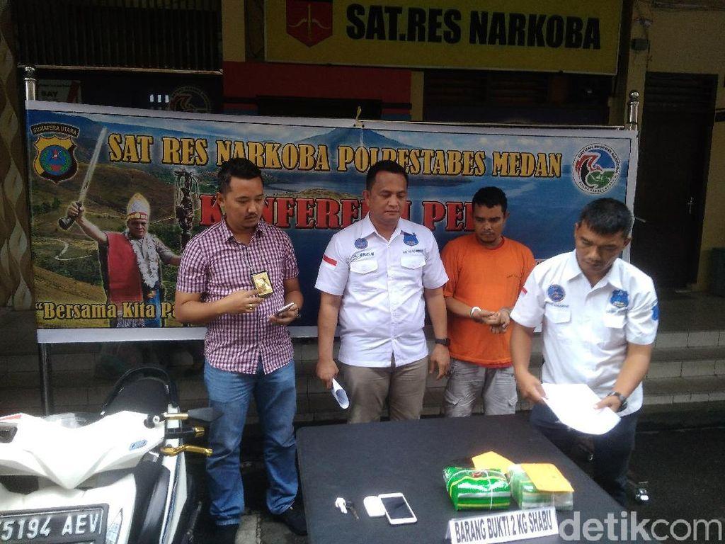 Polisi Tangkap Kurir 2 Kg Sabu di Medan