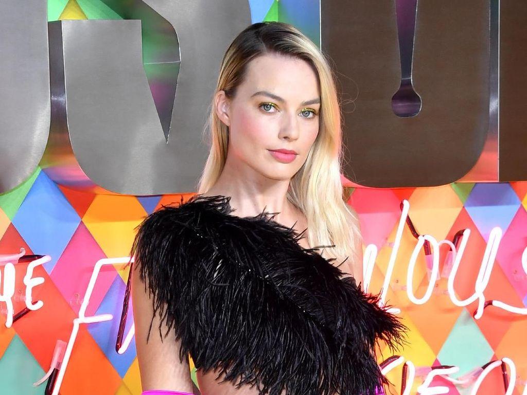 Margot Robbie Buka Kemungkinan Digaet Marvel