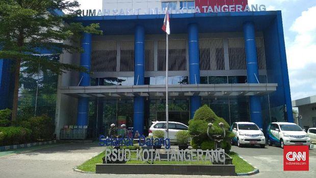 RSUD Kota Tangerang tak menyiapkan penanganan dan fasilitas khusus untuk mengantisipasi kemungkinan pasien terjangkit virus Corona. Rumah sakit sejauh ini hanya menyediakan ruang isolasi di instalasi gawat darurat (IGD) yang biasa digunakan untuk menangani pasien yang terkena infeksi pada umumnya.