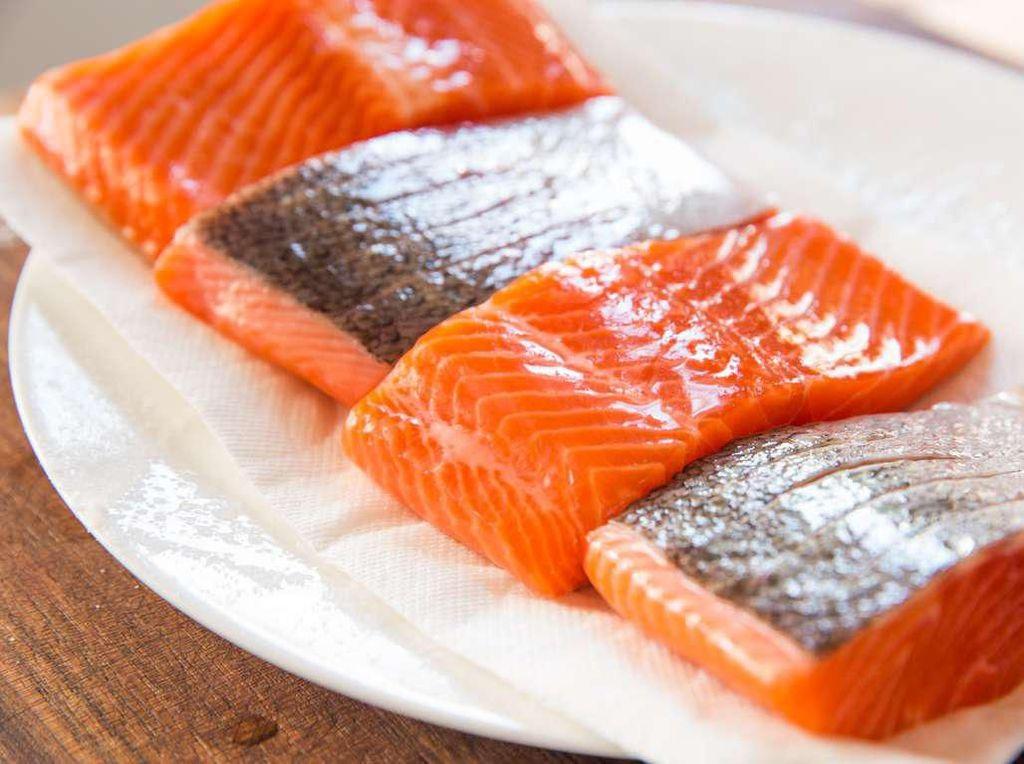 Virus Corona Menyebar, Ekspor Salmon Norwegia Ke China Turun Drastis