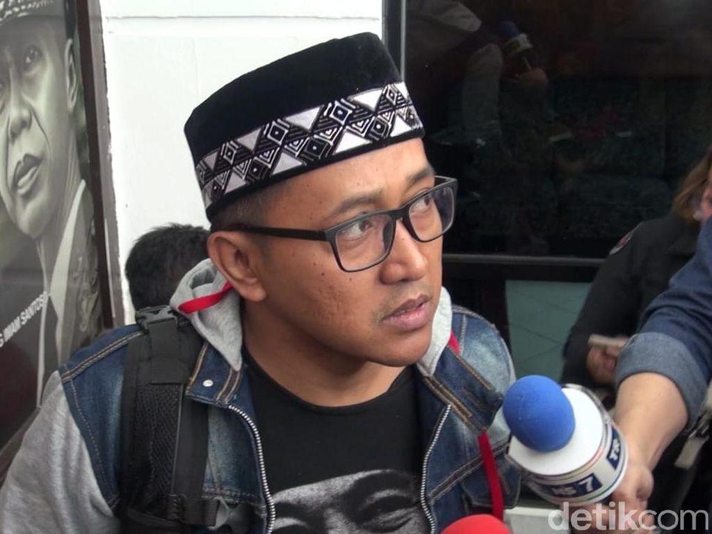 Teddy Gelar Pengajian 100 Hari Meninggalnya Lina Eks Sule