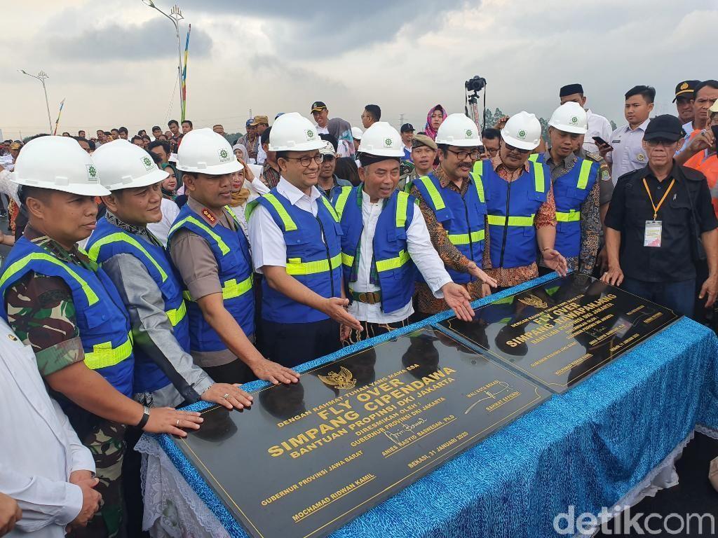 Resmikan Flyover Cipendawa-Rawapanjang, Anies: Kolaborasi DKI-Bekasi