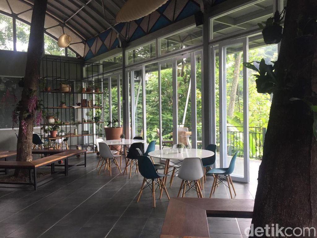 Keindahan Seni Patung dan Sedapnya Nasi Bali Bisa Dinikmati di Sini