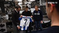 Pindah ke Hertha Berlin, Piatek Pilih Nomor 7