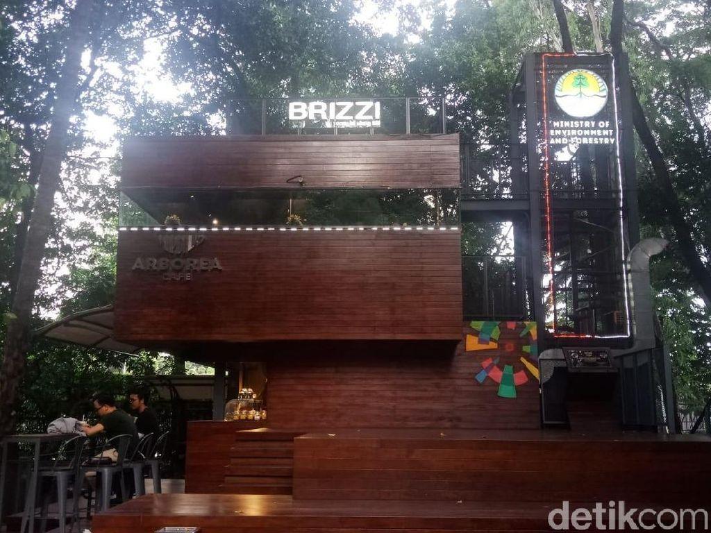 Nongkrong di Kafe Rasa Puncak, Padahal di Hutan Kota Jakarta