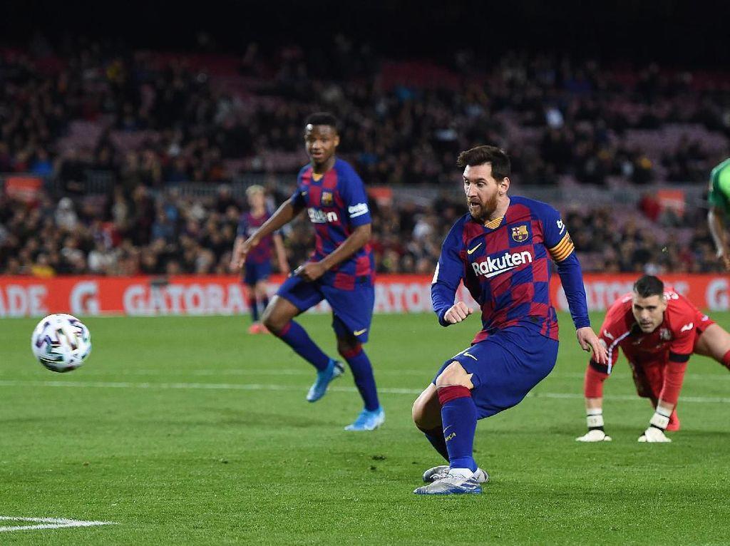 Ada Rumor Messi ke Juventus, Sarri Tak Peduli