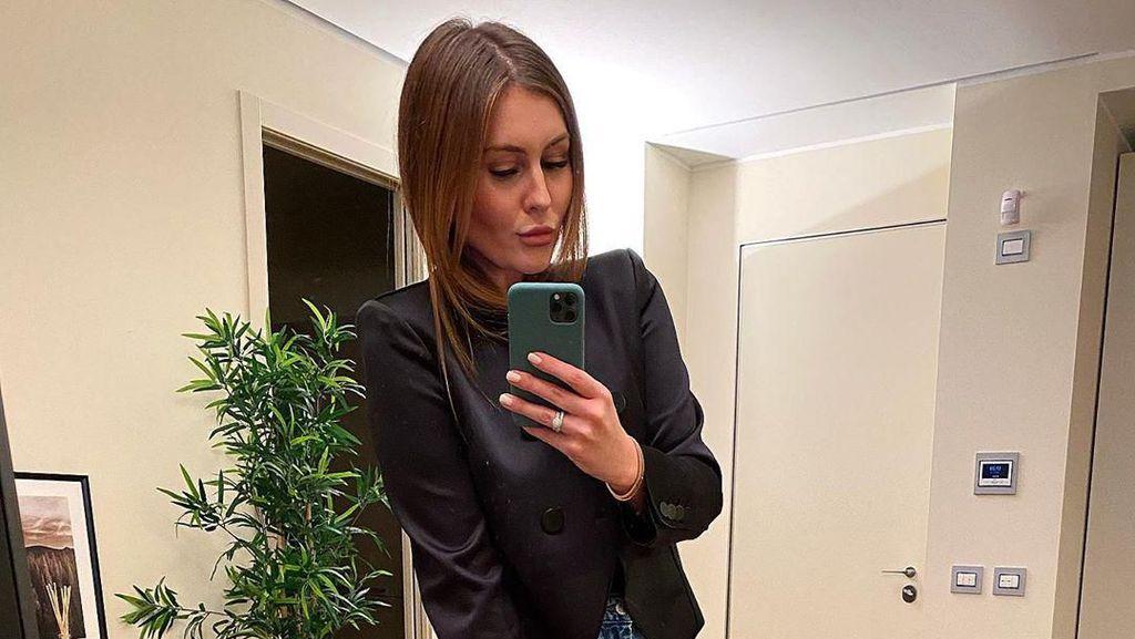 Ini Paulina, Istri Eks Pemain Bola AC Milan Piatek yang Hobi Selfie