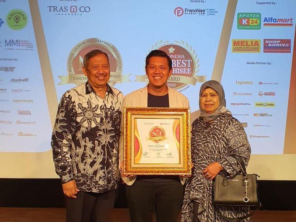 Baba Rafi Terima No. 1 Franchise Choice Award 2020