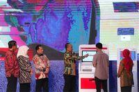 Cetak Dokumen Kependudukan di Surabaya Kini Tak Sampai 3 Menit