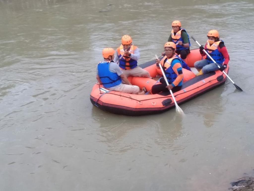 Bocah Berusia 12 Tahun yang Tenggelam di Kali Bekasi Ditemukan Tewas